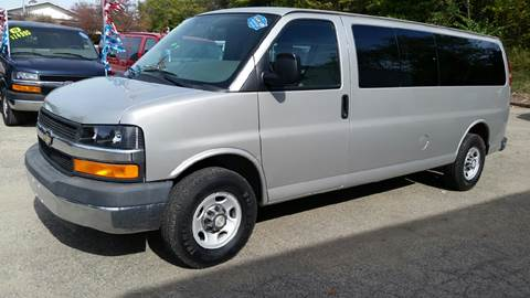 2009 Chevrolet Express Passenger for sale in Albion, IN