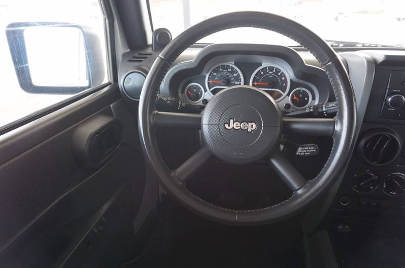 2009 Jeep Wrangler Unlimited 4x4 Rubicon 4dr SUV w/ Front Side Airbags - Tulsa OK