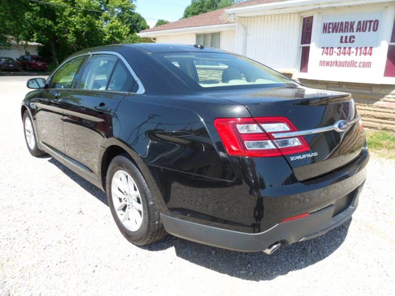 2013 Ford Taurus SE 4dr Sedan - Heath OH