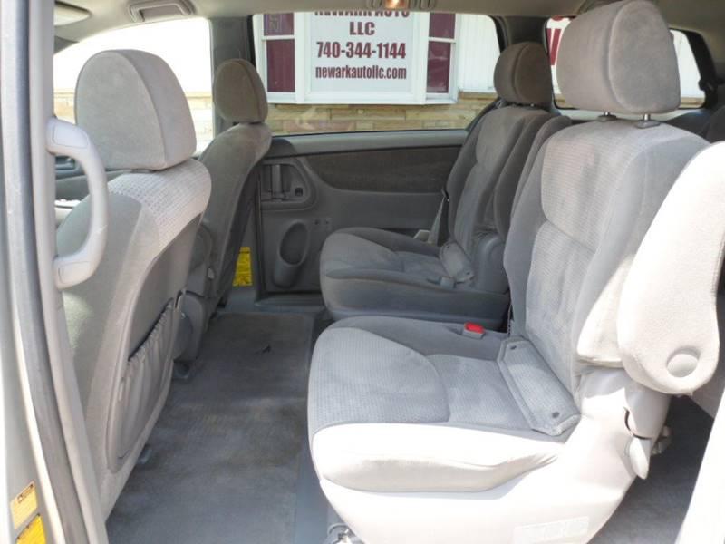 2008 Toyota Sienna LE 7-Passenger 4dr Mini-Van - Heath OH