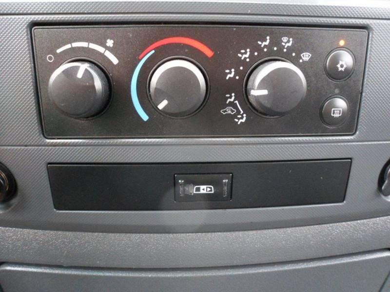 2008 Dodge Ram Pickup 1500 SLT 4dr Quad Cab 4WD SB - Heath OH