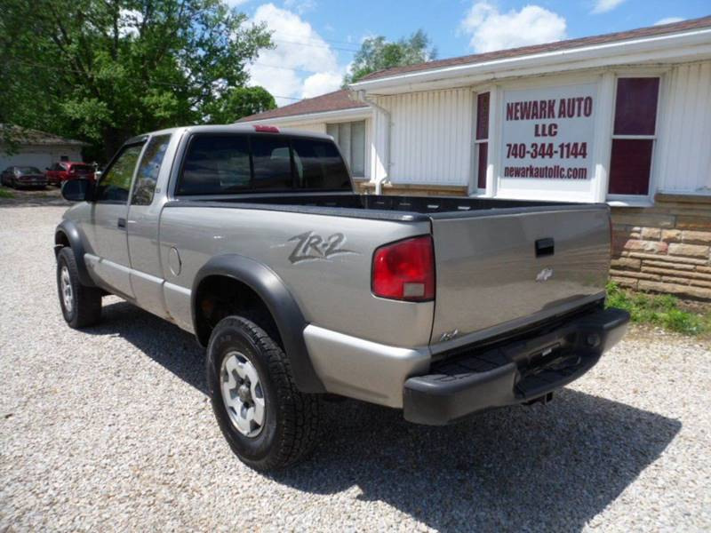 2001 Chevrolet S-10 2dr Extended Cab LS 4WD SB - Heath OH