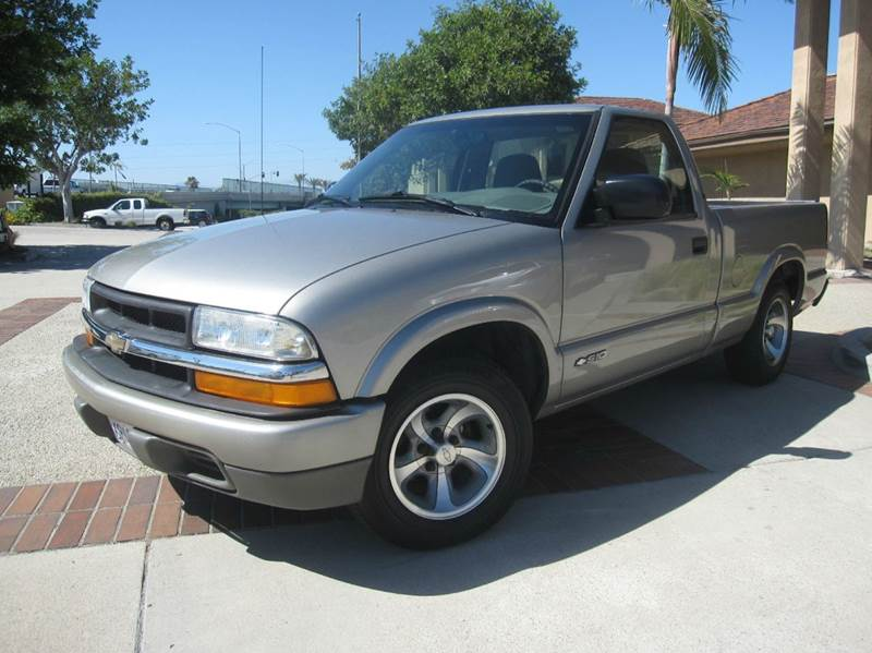 2001 Chevrolet S-10 for sale at Auto Hub, Inc. in Anaheim CA