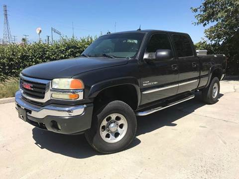 2005 GMC Sierra 2500HD for sale at Auto Hub, Inc. in Anaheim CA