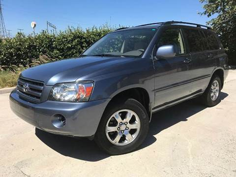 2004 Toyota Highlander for sale at Auto Hub, Inc. in Anaheim CA