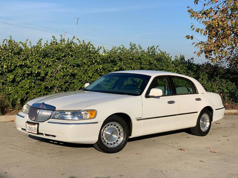 1999 Lincoln Town Car Executive 4dr Sedan In Anaheim Ca Auto Hub Inc