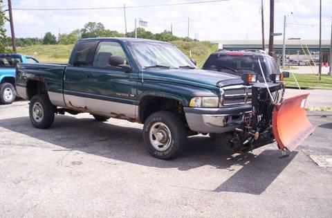 1999 Dodge Ram Pickup 2500 for sale in Girard, OH