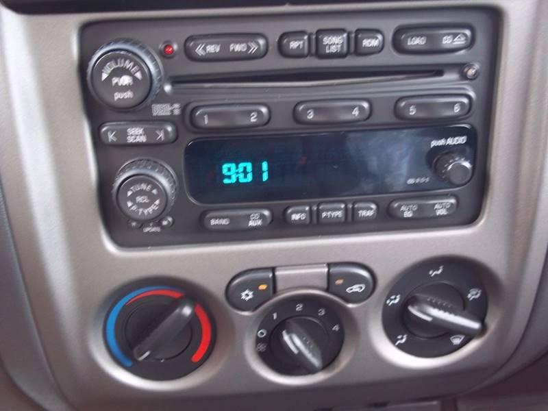 2004 Chevrolet Colorado 2dr Standard Cab Z71 LS 4WD SB - Gifford IL