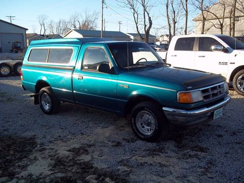 1993 Ford Ranger for sale at Robin's Truck Sales in Gifford IL