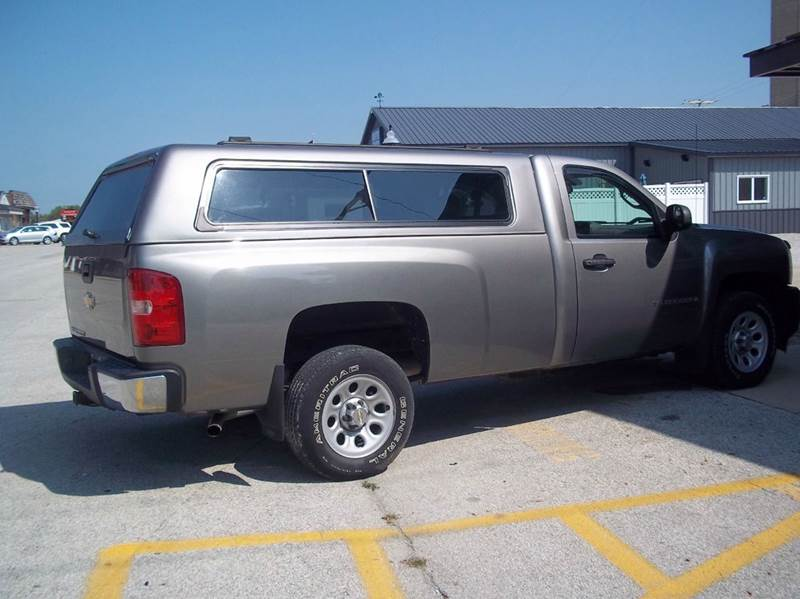 2008 Chevrolet Silverado 1500 2WD Work Truck 2dr Regular Cab 8 ft. LB - Gifford IL