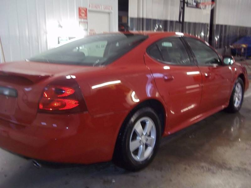 2007 Pontiac Grand Prix 4dr Sedan - Gifford IL