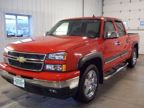 2006 Chevrolet Silverado 1500 for sale at Robin's Truck Sales in Gifford IL