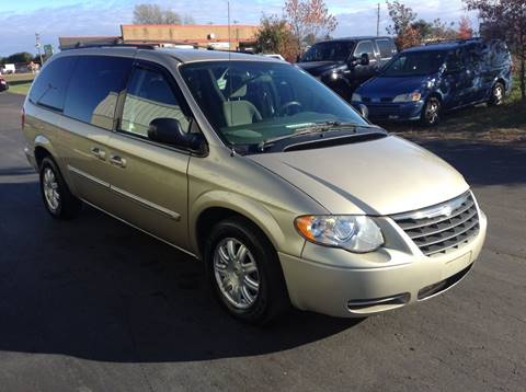 2005 Chrysler Town and Country for sale in Plover, WI