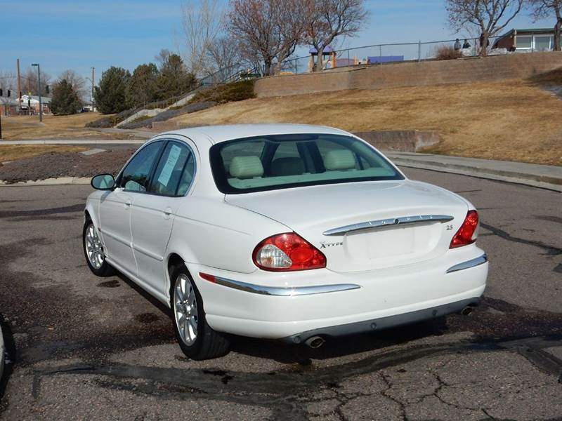 2002 Jaguar X-Type AWD 2.5 4dr Sedan - Thornton CO
