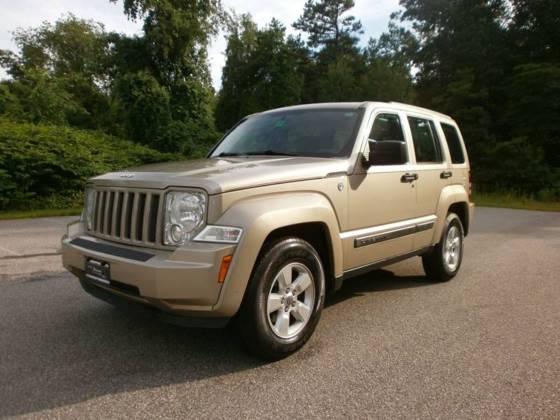 2011 Jeep Liberty for sale at Leavitt Brothers Auto in Hooksett NH