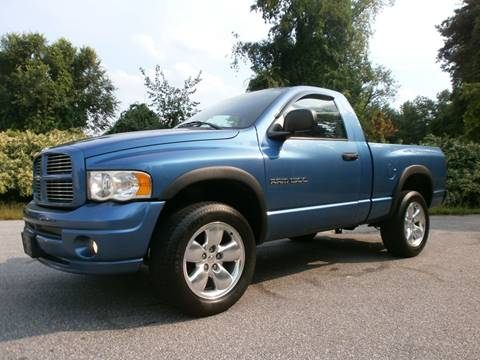 2005 Dodge Ram Pickup 1500 for sale at Leavitt Brothers Auto in Hooksett NH