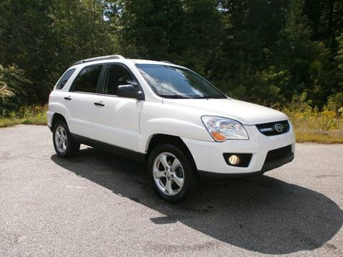2009 Kia Sportage for sale at Leavitt Brothers Auto in Hooksett NH