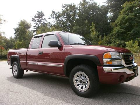 2004 GMC Sierra 1500 for sale at Leavitt Brothers Auto in Hooksett NH