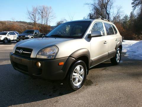 2006 Hyundai Tucson for sale at Leavitt Brothers Auto in Hooksett NH