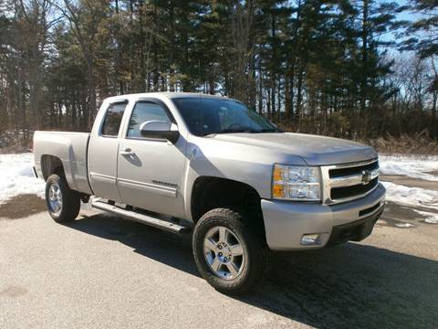 2009 Chevrolet Silverado 1500 for sale at Leavitt Brothers Auto in Hooksett NH