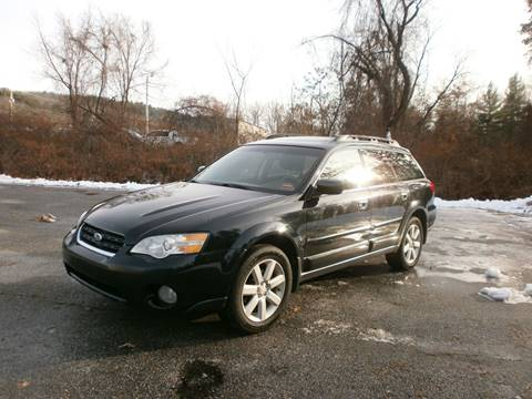 2007 Subaru Outback for sale at Leavitt Brothers Auto in Hooksett NH
