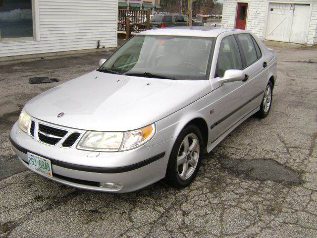 2004 Saab 9-5 for sale at Leavitt Brothers Auto in Hooksett NH