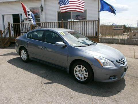 2011 Nissan Altima for sale at Leavitt Brothers Auto in Hooksett NH