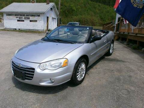 2005 Chrysler Sebring for sale at Leavitt Brothers Auto in Hooksett NH