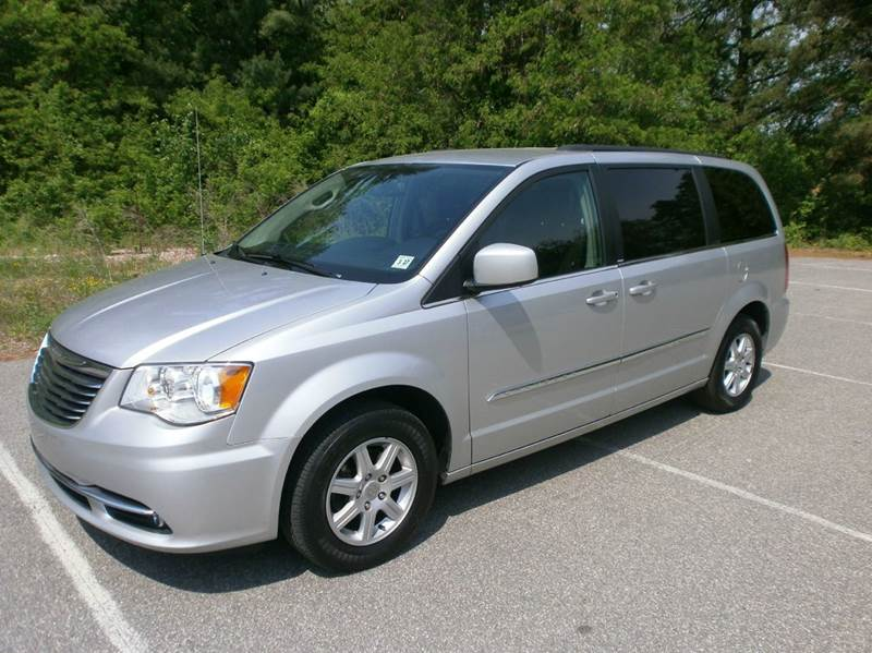 2012 Chrysler Town and Country for sale at Leavitt Brothers Auto in Hooksett NH