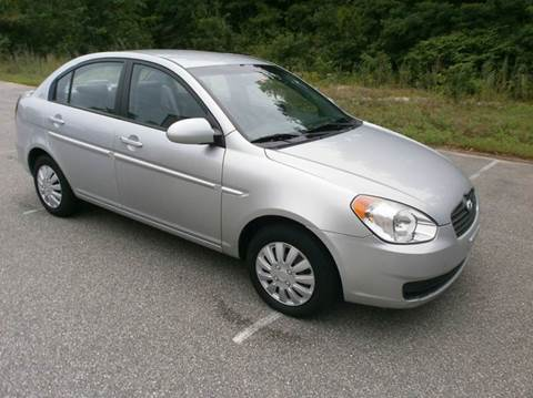 2009 Hyundai Accent for sale at Leavitt Brothers Auto in Hooksett NH