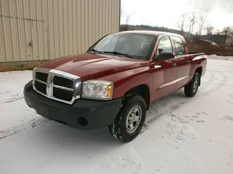 2006 Dodge Dakota for sale at Leavitt Brothers Auto in Hooksett NH