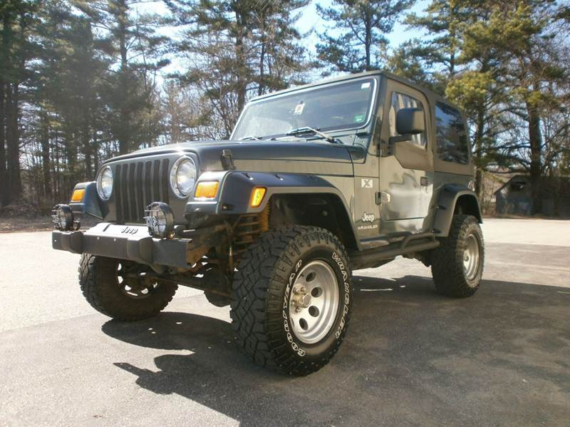 2004 Jeep Wrangler for sale at Leavitt Brothers Auto in Hooksett NH