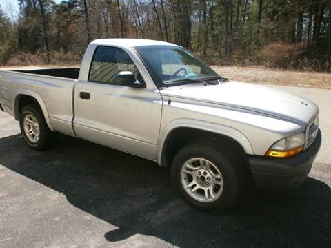 2003 Dodge Dakota for sale at Leavitt Brothers Auto in Hooksett NH