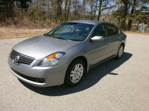 2009 Nissan Altima for sale at Leavitt Brothers Auto in Hooksett NH