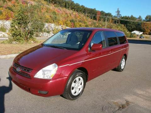 2006 Kia Sedona for sale at Leavitt Brothers Auto in Hooksett NH