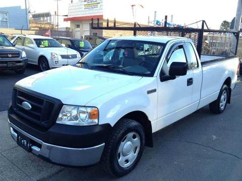 2005 Ford F-250 Super Duty for sale at Leavitt Brothers Auto in Hooksett NH