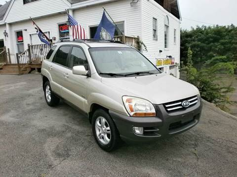 2006 Kia Sportage for sale at Leavitt Brothers Auto in Hooksett NH