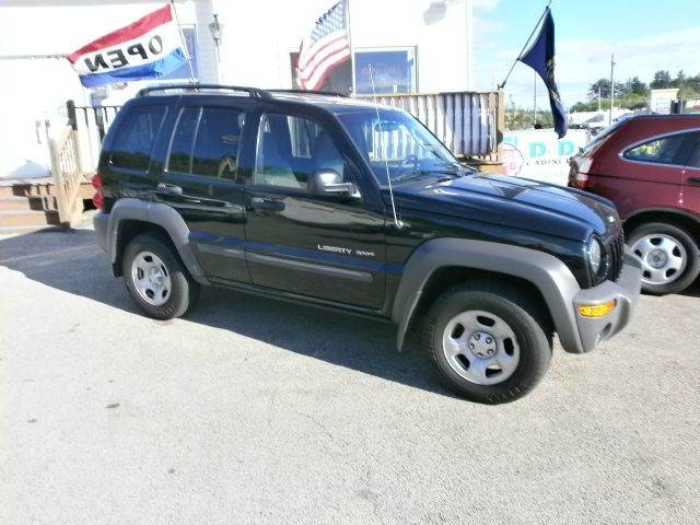 2003 Jeep Liberty for sale at Leavitt Brothers Auto in Hooksett NH