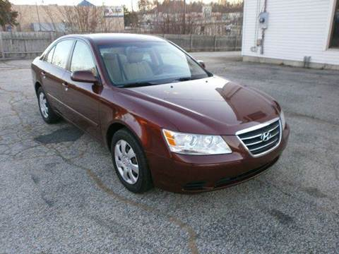 2010 Hyundai Sonata for sale at Leavitt Brothers Auto in Hooksett NH