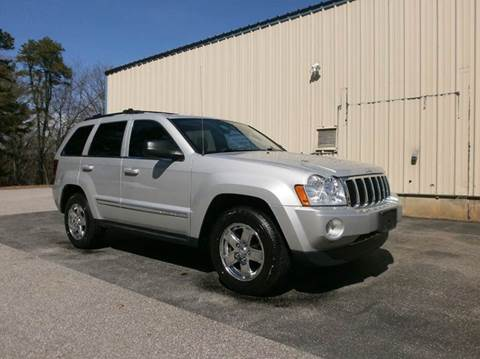 2006 Jeep Grand Cherokee for sale at Leavitt Brothers Auto in Hooksett NH