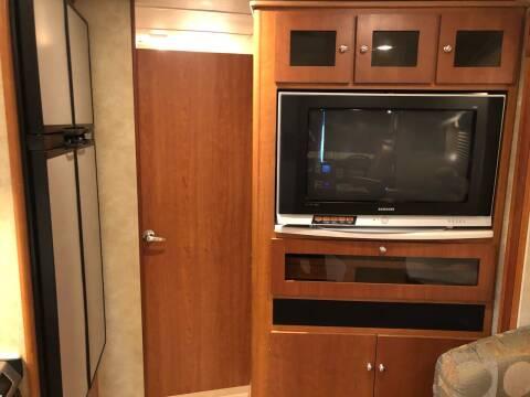 2008 Winnebago Destinantion 37G