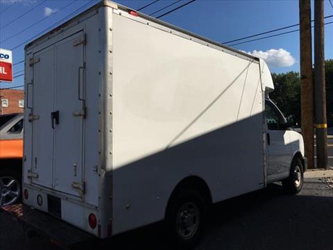 2005 Chevrolet Express 3500 Box Truck