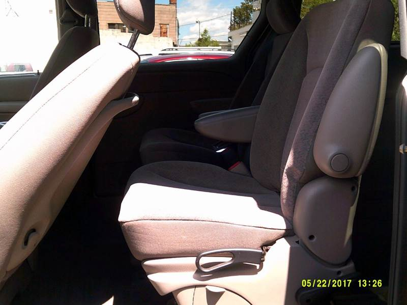 2002 Chrysler Town and Country LX 4dr Extended Mini-Van - Detroit MI