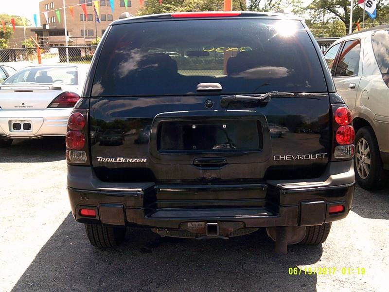 2002 Chevrolet TrailBlazer LS 2WD 4dr SUV - Detroit MI