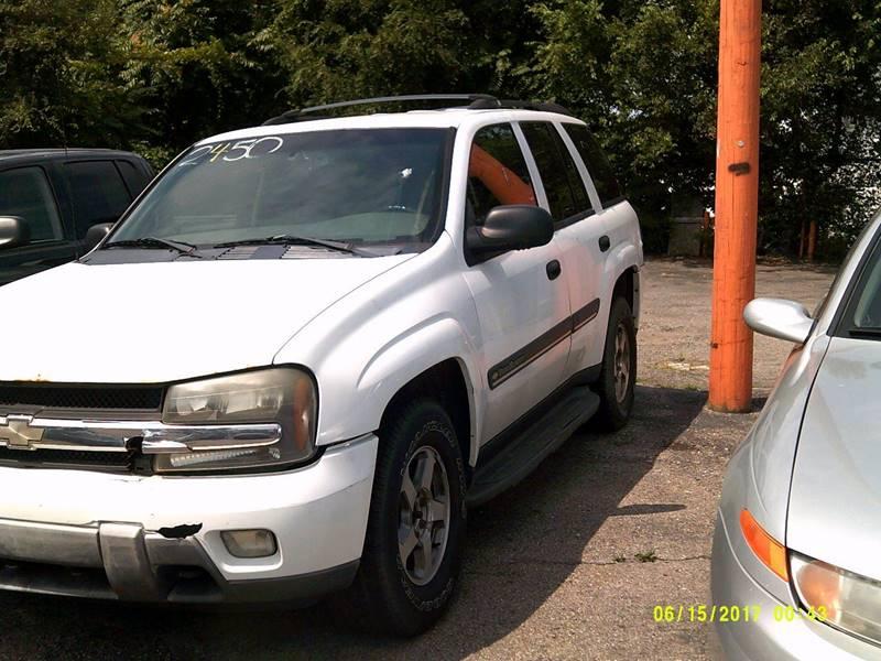 2002 Chevrolet TrailBlazer LS 4WD 4dr SUV - Detroit MI