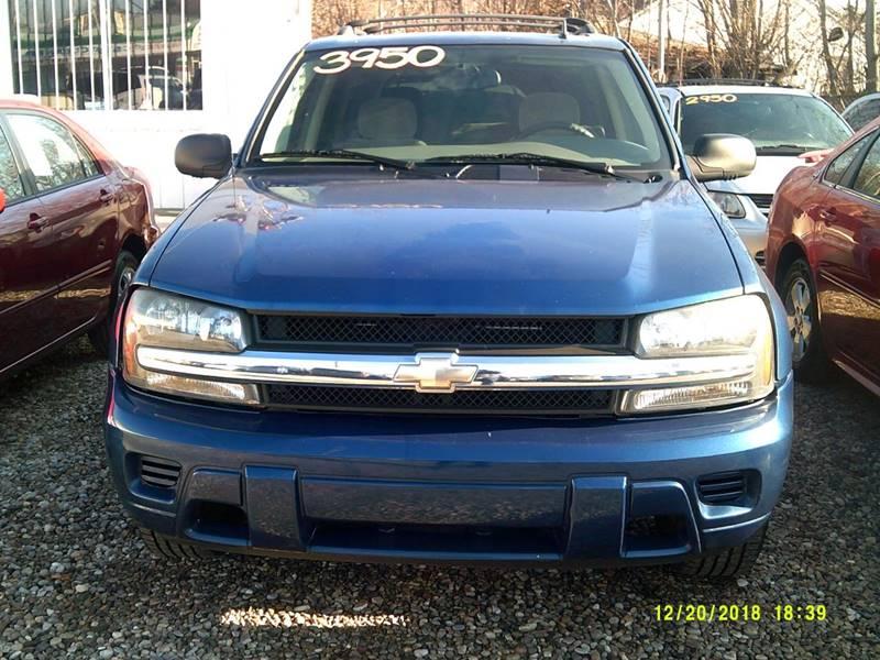 2006 Chevrolet TrailBlazer for sale at DONNIE ROCKET USED CARS in Detroit MI