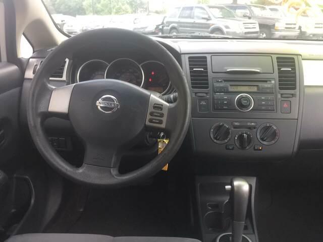 2008 Nissan Versa 1.8 S 4dr Hatchback 4A - Doraville GA