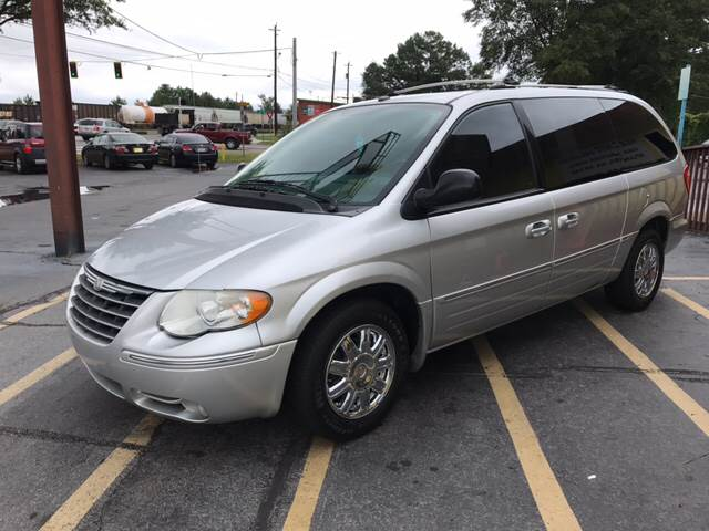 2006 Chrysler Town and Country Limited 4dr Extended Mini-Van - Doraville GA