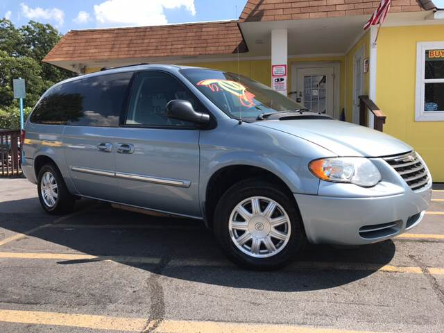 2006 Chrysler Town and Country Touring 4dr Extended Mini-Van - Doraville GA