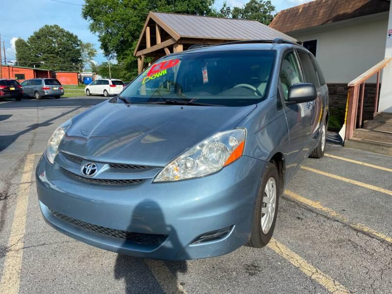 2010 Toyota Sienna LE 7-Passenger 4dr Mini-Van - Doraville GA